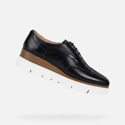 LACE UPS & BROGUES WOMAN KATTILOU