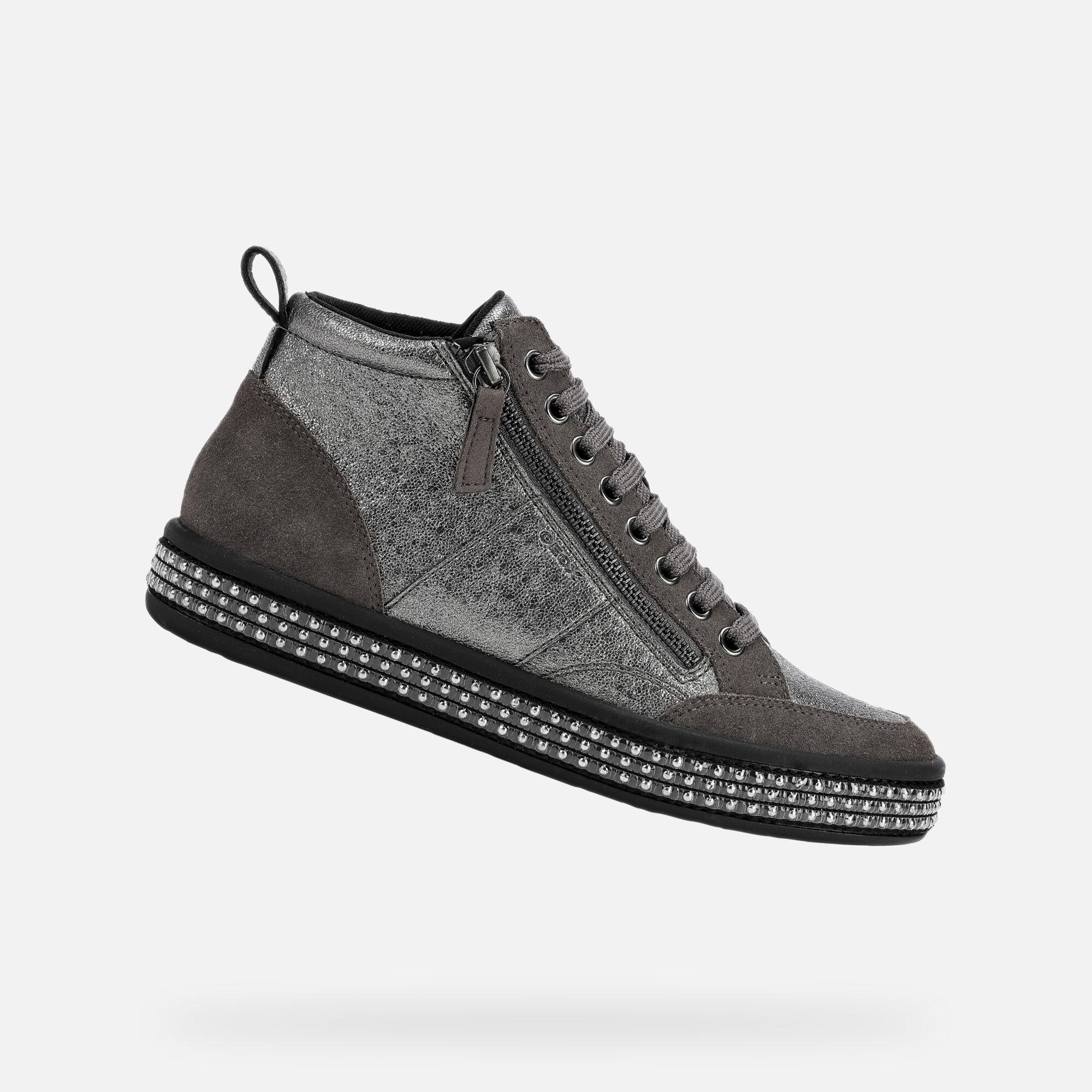 Chaussures sport femme Geox grises à lacets. Modèle D LEELU