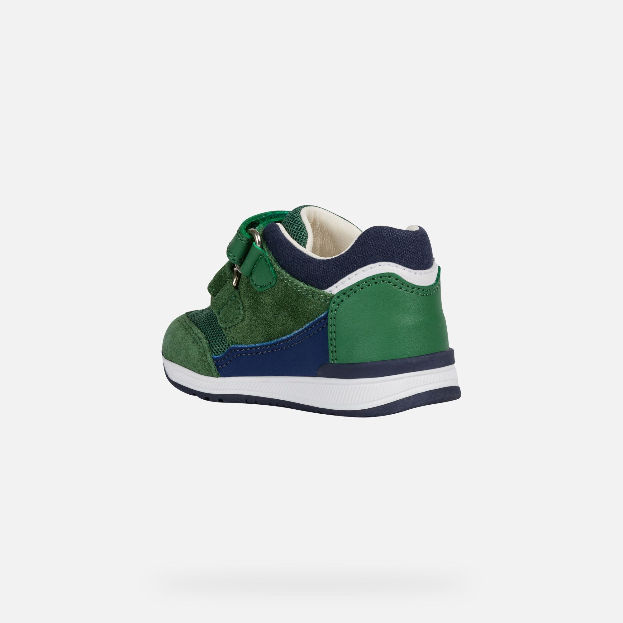 Geox Kids' VITA 31 Sneaker