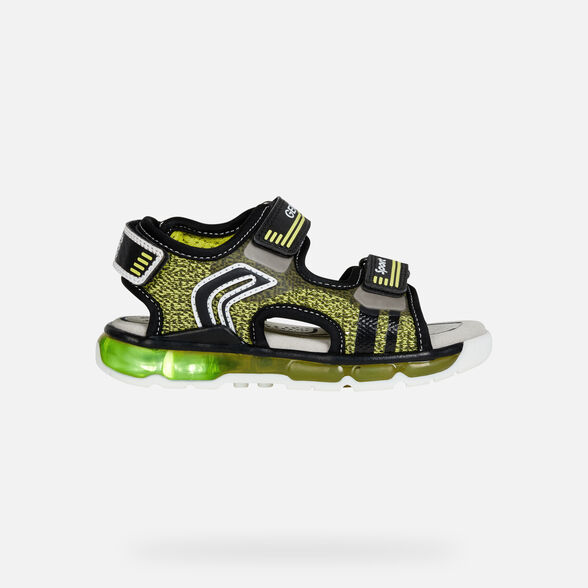LIGHT-UP SHOES BOY JR ANDROID BOY - 8