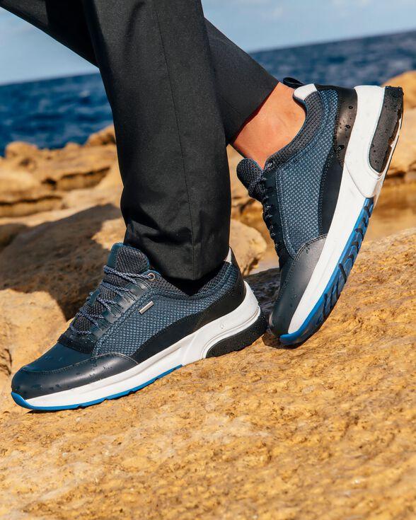 Farmacología desmayarse Fondo verde  Geox ROCKSON B ABX Man: Navy blue Sneakers | Geox® Online