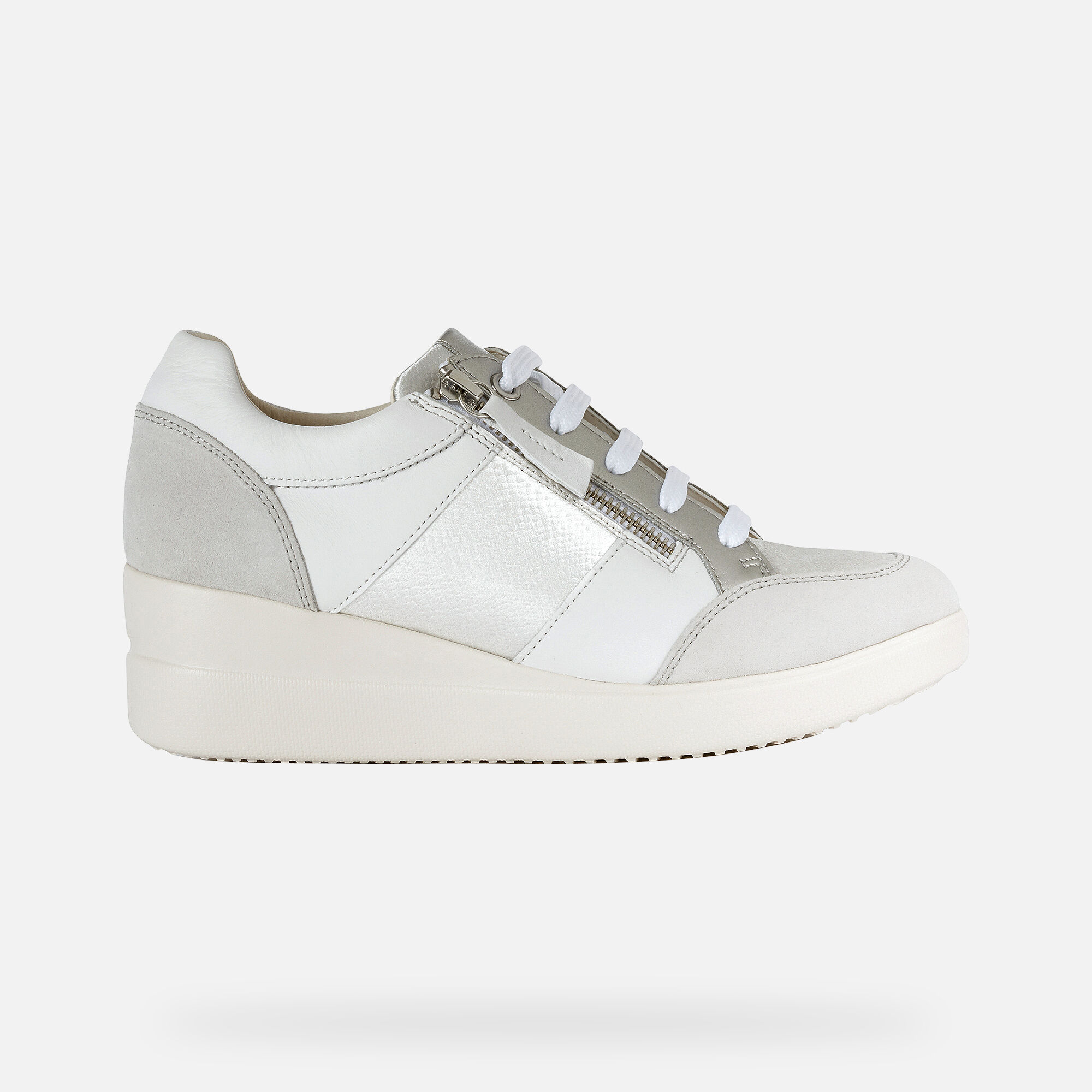 Geox Womens Stardust 19 Fashion Sneaker