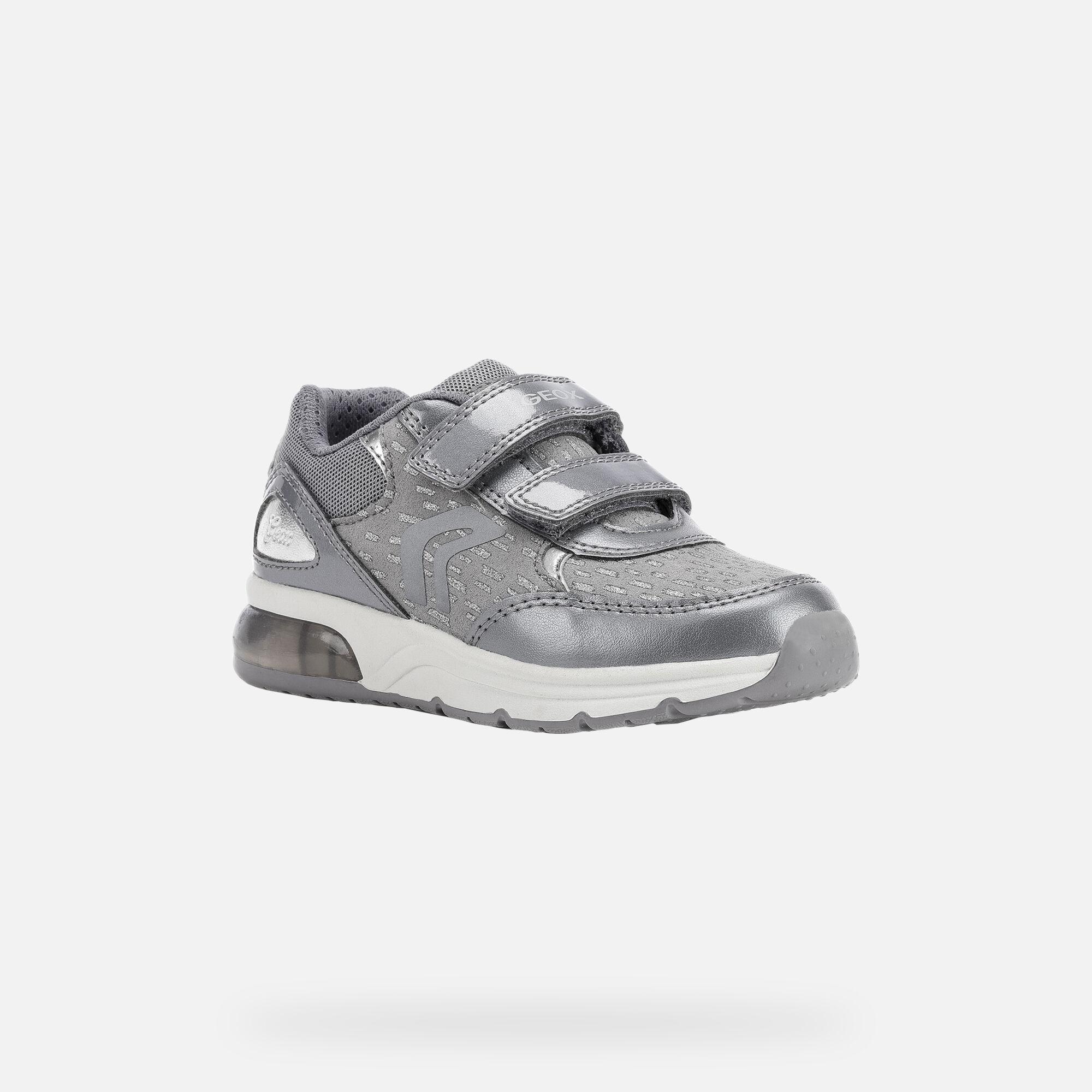Spaceclub low top sneakers