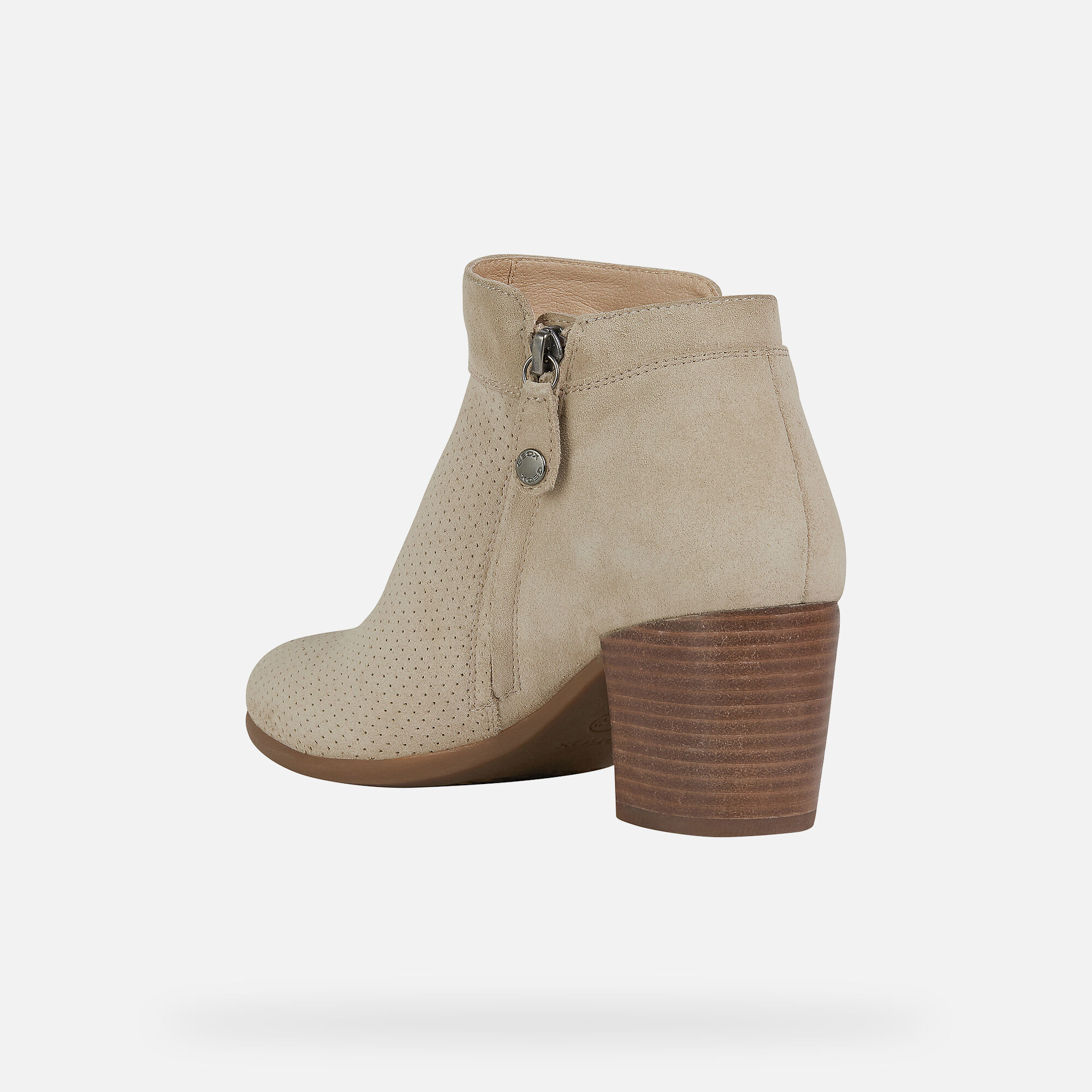 Geox NEW LUCINDA Woman: Lt Taupe Ankle