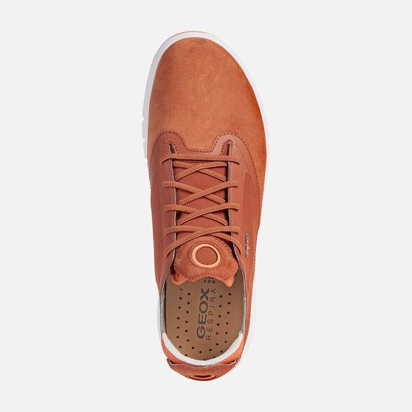 Timor Oriental hazlo plano Podrido  Geox AERANTIS Man: Chestnut Sneakers | Geox® Online Store