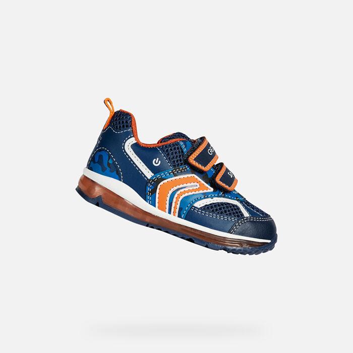 Niños Nacidos Led X8qvy1tx Con Luz Zapatos Geox Pequeños Para O r5wUqr6